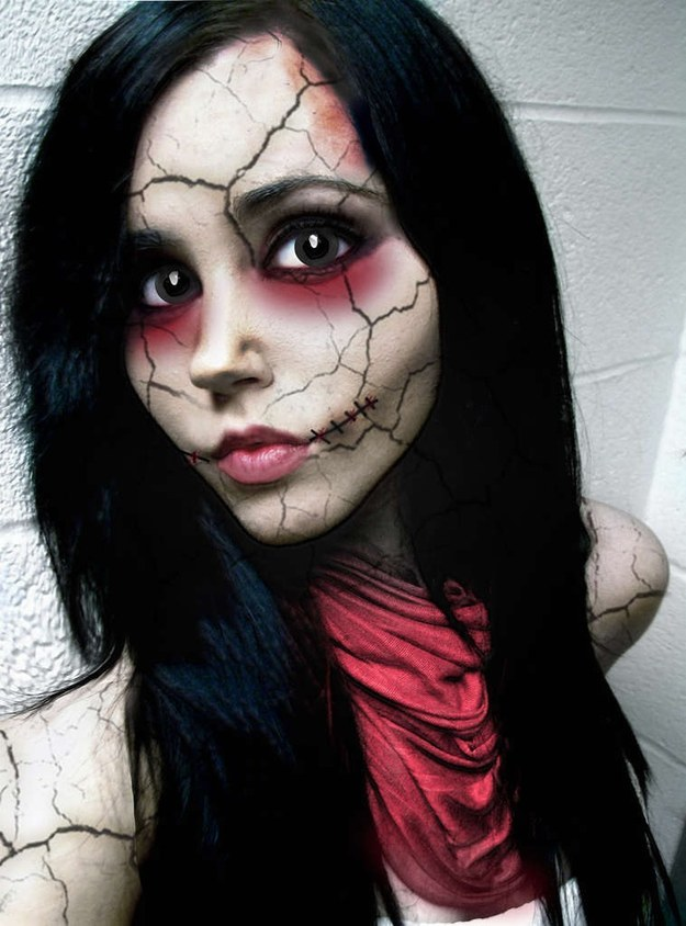 33 Creepy Halloween Looks That Will Give You Nightmares