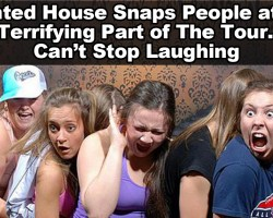 Haunted House Camera Captures The Most Terrifying Moment of The Tour…. And I Can't Stop Laughing